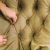 Починить старый диван? Предлагаем перетяжку!