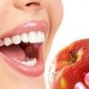 5 частых мифов об отбеливании зубов