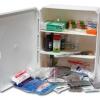 Почему нужна аптечка первой помощи на производстве