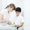 Кому доверить воспитание ребёнка, мужчине или женщине?