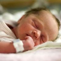 Омская область поставила рекорды по рождаемости