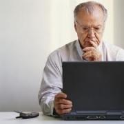 Омских пенсионеров научат выходить в интернет