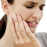 Что делать если зуб заболел ночью?