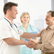 Почему наркозависимому человеку необходимо лечение именно в специализированной клинике?