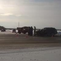 Водитель «Лексуса» попал в больницу после ДТП с «ЗиЛом» в Омской области