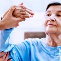 В чем польза дома престарелых после инсульта?