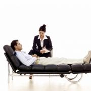 Почему мы боимся обращаться к психотерапевту