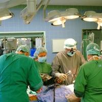 В Омске врачи освоили новую методику лечения рака печени