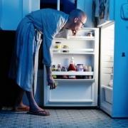 Ужинать по ночам опасно для сердца мужчины