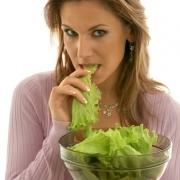 Зеленый салат для сохранения молодости и здоровья