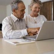 В Омске проходят компьютерные курсы для пожилых людей