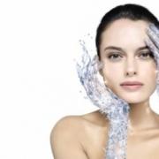 Омоложение лица без операции методом биоревитализации