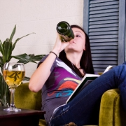 В России повысят возрастной ценз на продажу алкоголя
