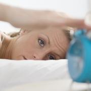 Недостаток сна может повредить мозг