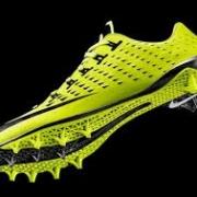 Спортивная обувь и одежда для занятий спортом