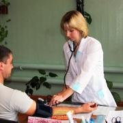 Здоровье омских школьников доверят студентам