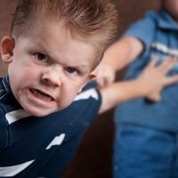 Как реагировать на детскую агрессию?