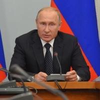 Путин предложил увеличить пенсионный возраст женщин не на 8 лет, а на 5