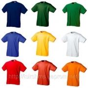 Яркая реклама: футболки с логотипом