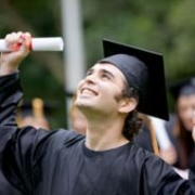Аспирантам и докторантам повысили стипендии