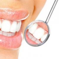 Почему многие предпочитают лечить зубы в частных стоматологических клиниках?