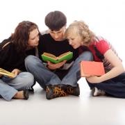 Студенты стали ленивее и беднее