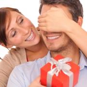 Советы по выбору оригинальных подарков на День рождения мужчине