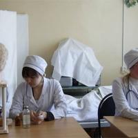 В этом году из ОмГМУ выпустится 526 молодых врачей
