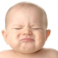 Способы борьбы с запором у малышей