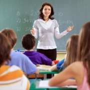 Лучшие омские педагоги получат по 320 тысяч
