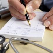 Почерк врачей становится смертельным фактором