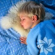 Как обеспечить ребенку здоровый сон
