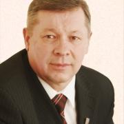 Омский депутат от КПРФ обнаружил за собой хвост