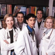 В медицинских вузах стало больше абитуриентов