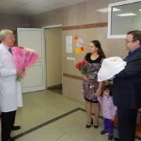 В 100-тысячный раз врачи роддома омской областной клинической больницы приняли роды