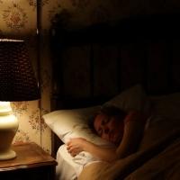 Сон при свете вреден для здоровья