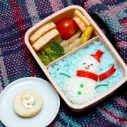 Омские школьники будут обедать со стилем