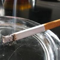 Омский мэр не против  курящих чиновников