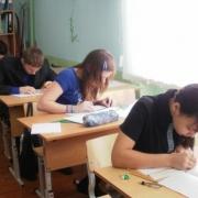 Омская школьница обошла казанцев по татарскому языку