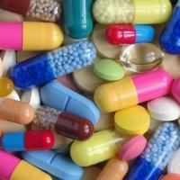 Наличие минимального ассортимента лекарств проверят в омских аптеках