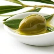 Лечение псориаза с помощью масла: насколько это возможно?