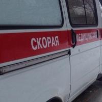 Скорая помощь в Омске удачно проехала через закрытый ж/д переезд