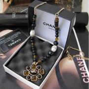 Покупка сумки и украшений Шанель на официальном сайте