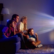 Ночной просмотр телевизора может спровоцировать депрессию
