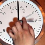 Минздрав проверит последствия перевода часов