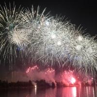 Лучший фейерверк на фестивале в Омске запустила команда из Азербайджана
