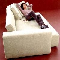 На каком диване удобно спать человеку