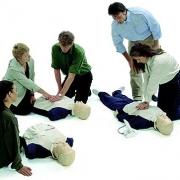 Омичей учат оказывать первую медицинскую помощь