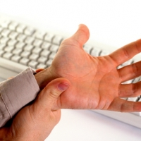 План действий при болях в кистях рук