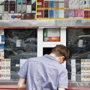 Продавцам сигарет выпишут штраф в 50 тысяч рублей